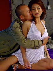 Runa Sesaki gets nailed by her man