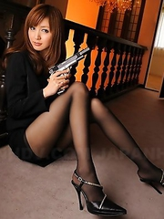 Slutty police darling Yui Igawa
